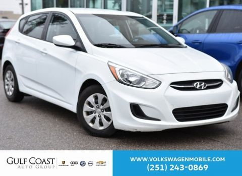 Pre-Owned 2015 Hyundai Accent GS
